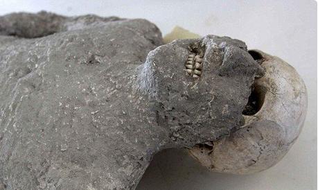 CIA解密 俄军27年前对战外星人遭石化