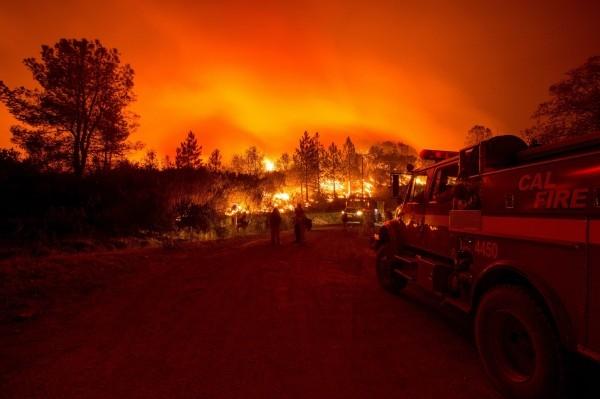 加州野火惨烈 经济损失恐达千亿美元