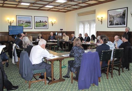 英议会大厦圆桌会议:立刻制止中共活摘暴行
